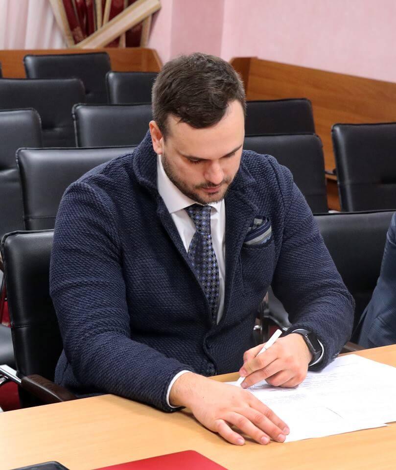 Судові експерти ОНДІСЕ будуть допомагати Громадському центру правосуддя